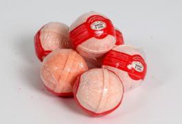 бурлящий шарик для ванн клубника